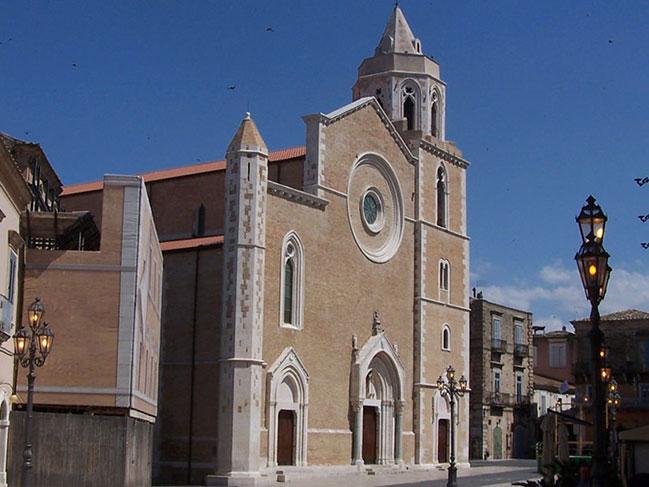 Кафедральный собор Санта-Мария-ди-Фоджа