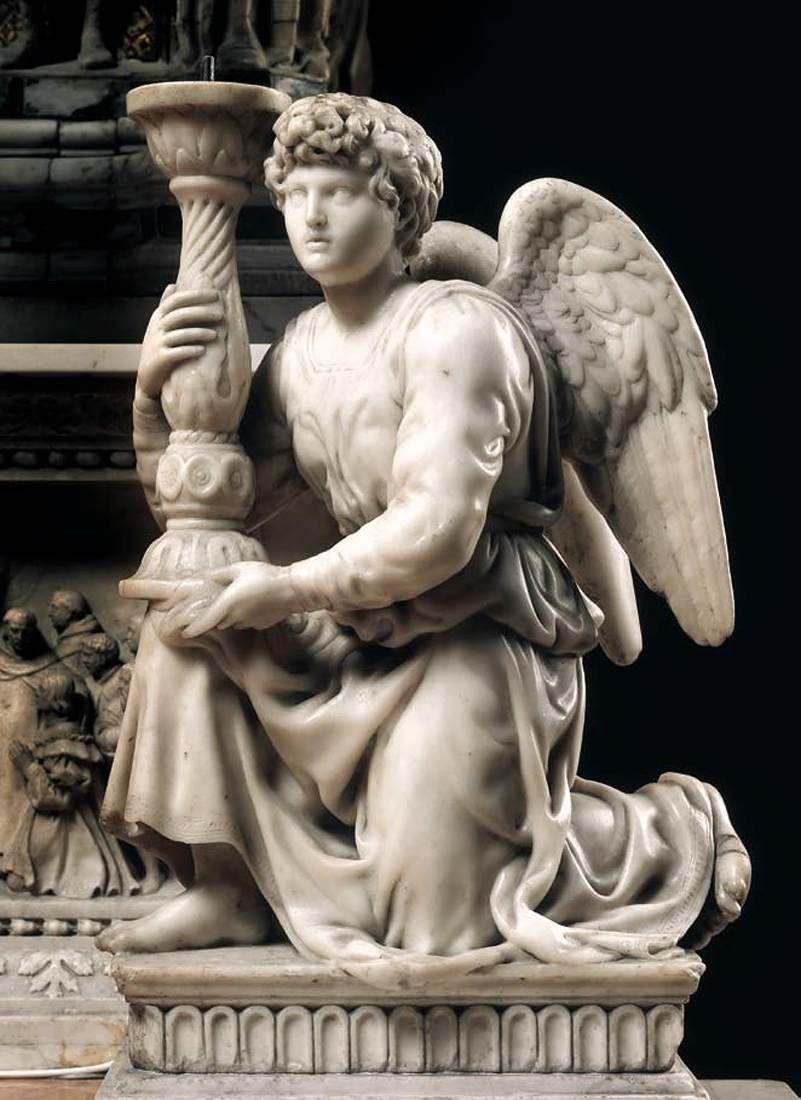 Микеланджело Ангел с канделябром